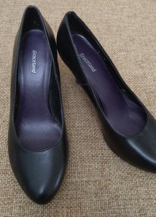 Фирменные женские туфли graceland