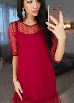 Бордовое платье с оборкой из сетки - добби