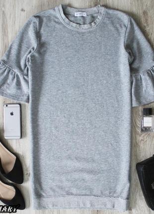 Серое платье-свитшот с оборками на рукавах wow