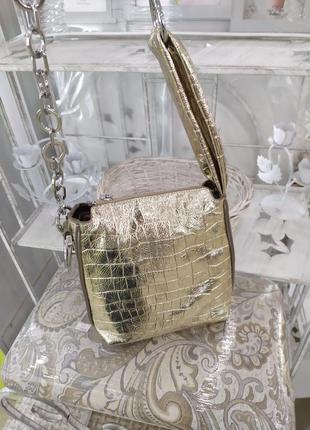 Сумка кожаная,золотая сумка,натуральная кожа polina eiterou