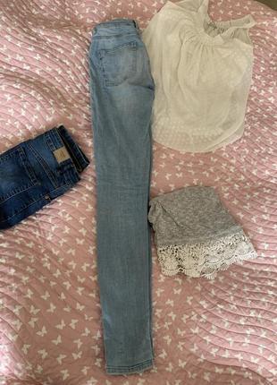Голубые джинсы от anti jeans