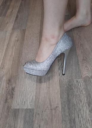 Кожаные комбинированые туфли