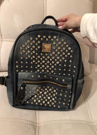 Джинсовый рюкзак со стразами