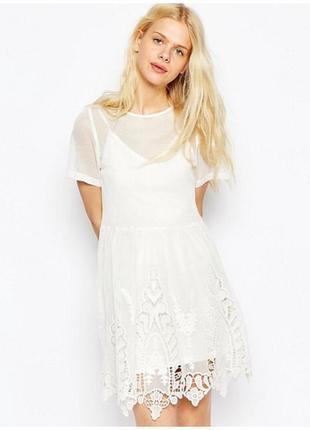 Платье из сетки и кружева