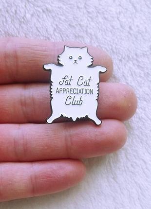 Значек-пин кошачьего клуба