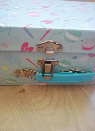 Набор для вязания в подарочной коробке5 фото