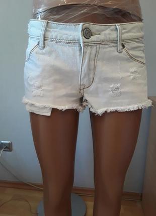 Брендовые джинсовые шорты