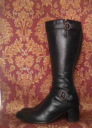 Сапоги 100% кожа , очень классные и модные! почти новые! venturini! италия.