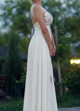 Вечірня сукня на випукний або весілля