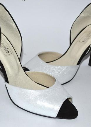 Туфли из натуральной кожи на шпильке