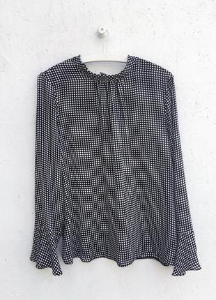 Стильная блуза в горошек точку из струящийся ткани с бантом сзади