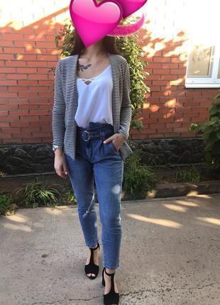 Актуальные джинсы высокая посадка с поясом
