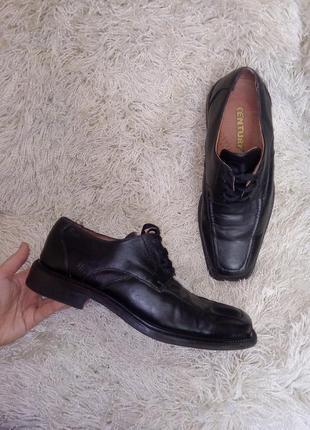 Мужские туфли классические 28см