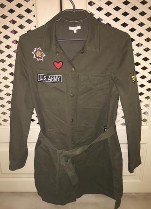 Куртка хаки m с вышивками