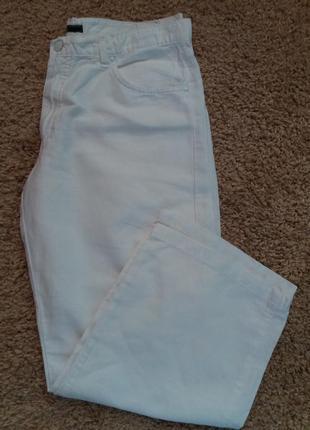 Леновые белоснежные брюки.италия.