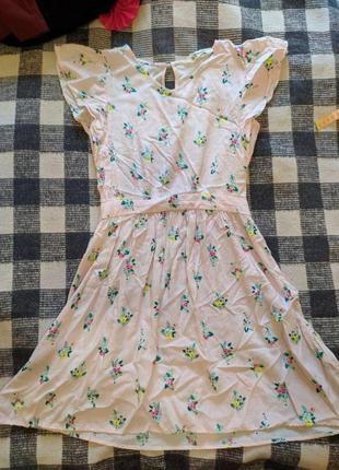 Плаття в квіточки