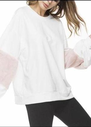 Кофта толстовка zara с розовыми рукавами