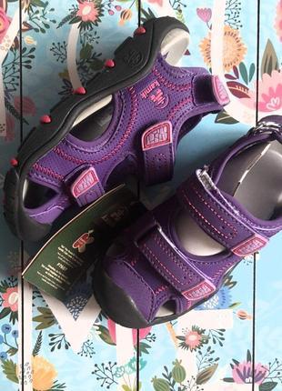 Летние кроссовки, сандалии с закрытым носком kamik , 2j