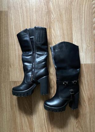 Сапоги зимние кожаные низкий каблук