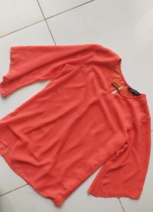 Яркая шифоновая блуза маленького размера