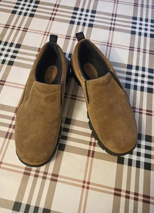 Шикарные фирменные замшевые мужские туфли
