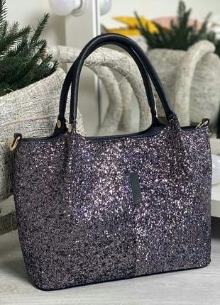 Красивая женская сумка