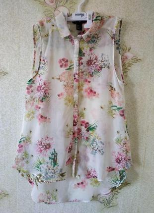 Нежная блуза полупрозрачная с цветами светлая цветочный принт