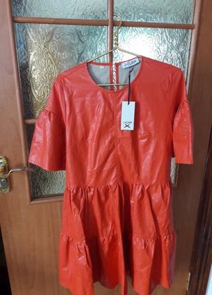 Крутое платье из экокожи италия