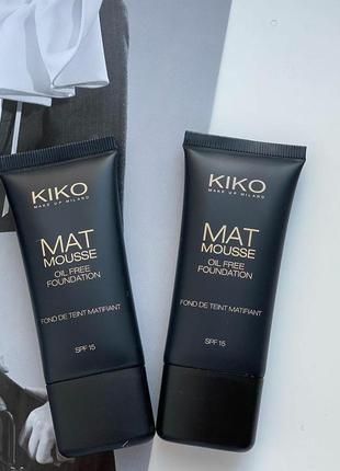Матирующая тональная основа kiko milano