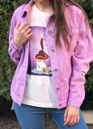 Джинсовая куртка в тоендовом цвете