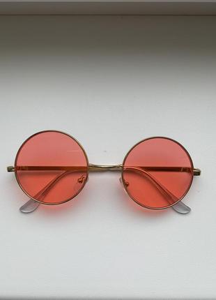 Женские солнцезащитные очки розовые