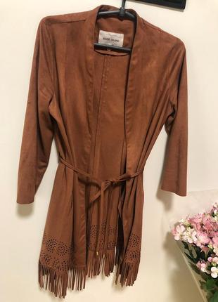 Замшевый кардиган платье с бахромой под пояс с узорами велюр кантри
