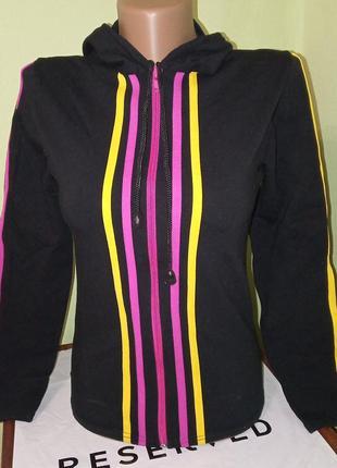 Спортивная кофта трикотажная куртка на девочку на змейке с капюшоном подростковая
