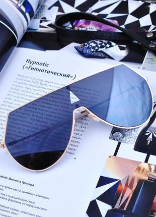 Оригинальные большие очки