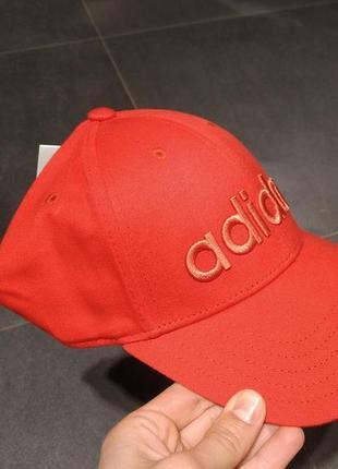 Стильная кепка adidas оригинал