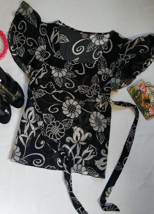 Нарядная блуза. на бирке- 14 р-р(48)