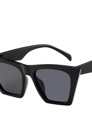 Очки окуляри темные черные солнце солнцезащитные стильные трендовые новые uv 4008 фото
