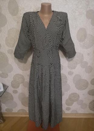 Винтажное платье миди в горошек
