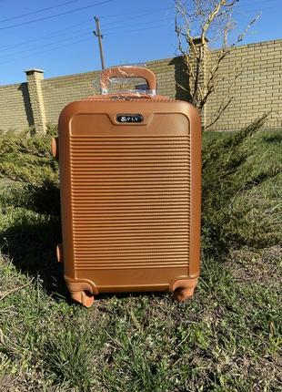 Чемодан,валіза,польский поликарбонат fly,дорожная сумка