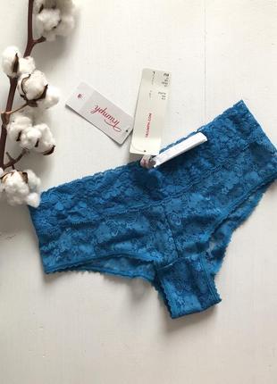 Синие кружевные трусики triumph brief lace hipster