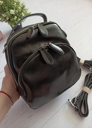 Кожаный черный рюкзак-сумка