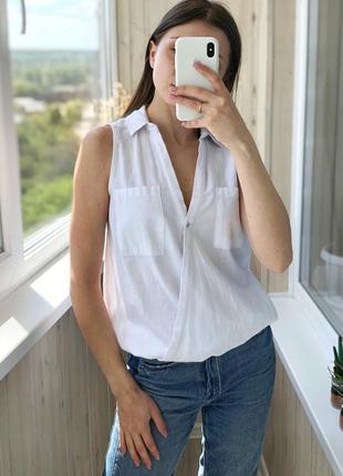 Белая хлопковая блуза на запах