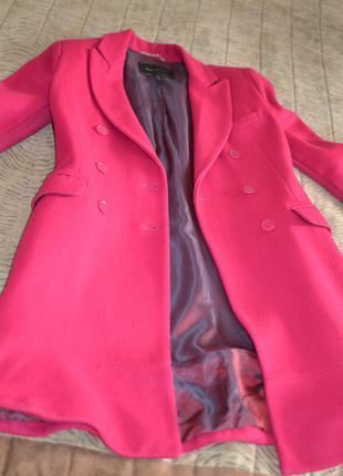 Пальто бренда bcbgmaxazira