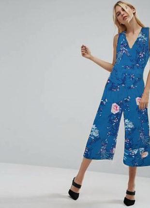 Яркий, стильный комбинезон , штаны- кюлоты в цветочный принт от george
