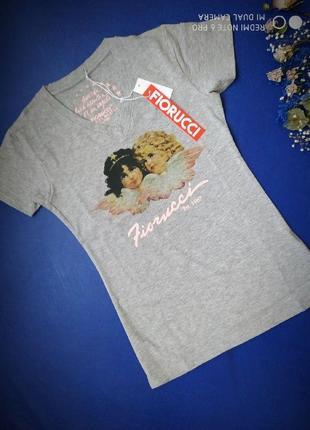 Качественная футболка итальянского бренда fiorucci