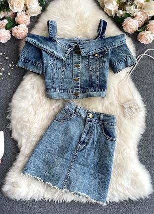 Джинсовый комплект 2 в 1 юбка+топ, готовый образ джинсовый топ на плечи и юбка на талию