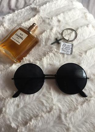 Очки чёрные стильные солнцезащитные круглые чёрные унисекс хит модные
