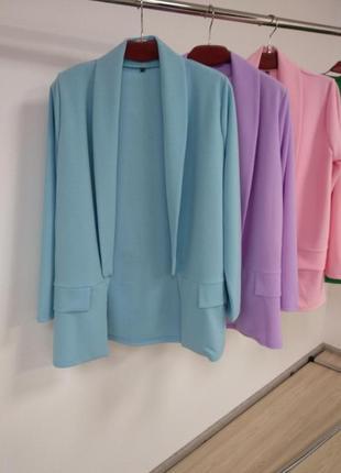Пиджаки в пастельных тонах