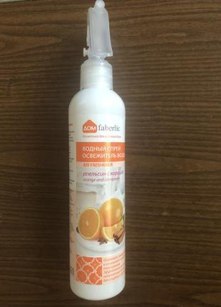 Водный спрей-освежитель воздуха «апельсин с корицей» faberlic
