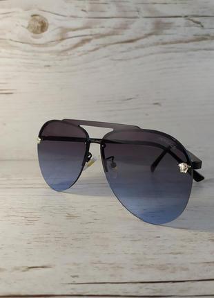 Стильные солнцезащитные очки капли.